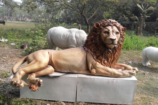 Fiberglass Lion Sculpture