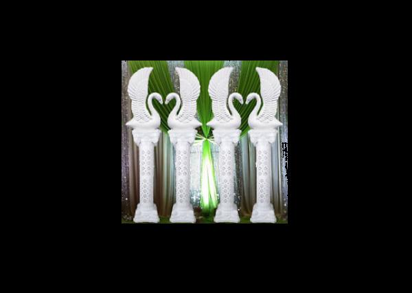 Fiberglass White Finish peacock Stand pillars