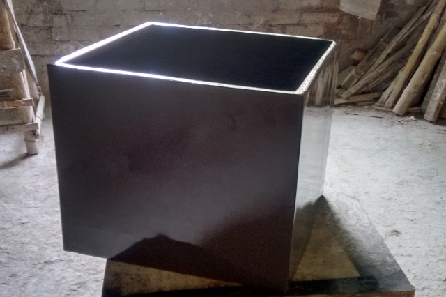 Fiberglass Square planter
