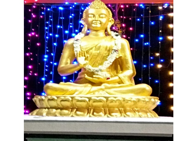 Fiber Golden Buddha Statue