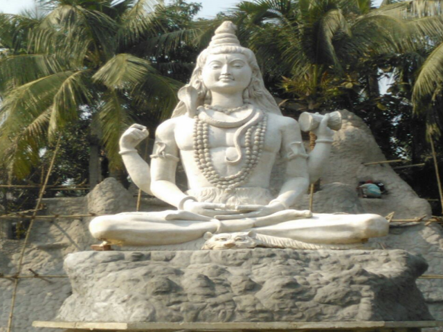 25 Feet Lord Shiva Statue with 80 feet Hill at Back of Lord Shiva
