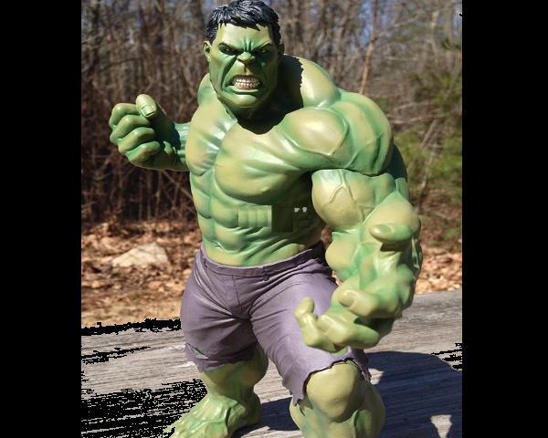 Fiber Hulk Statues