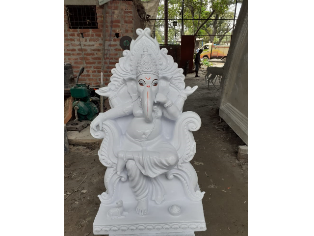 Fiber Ganesh Statue